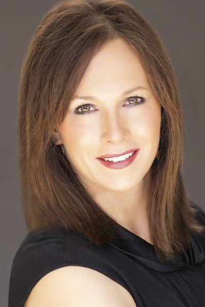 Shelley Klingerman Headshot